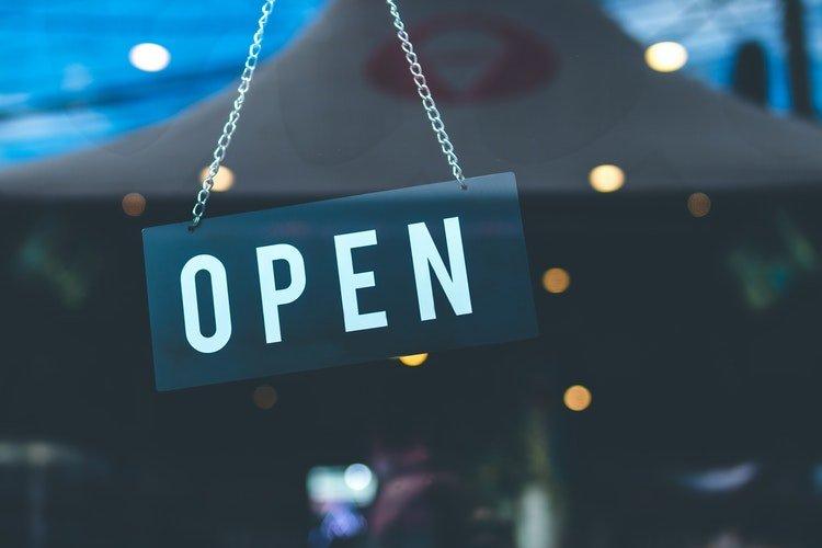 tienda-abierta-consumo-canal-tradicional